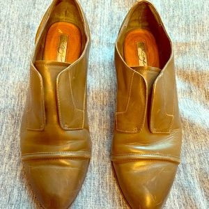 Great condition loafers!